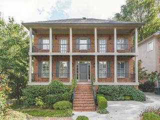 Beautiful Executive home in Brookhaven, Atlanta