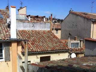 Bright and Spacious Beautiful Flat / Old Town / 2 bedrooms (65m2)