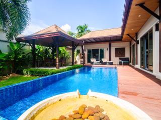 Villa Iwa by TropicLook, Nai Harn