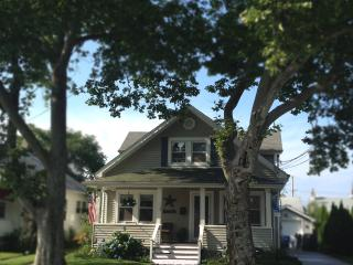 Great location, quiet setting, easy walk to beach, Belmar
