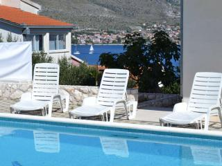 2-Bedroom Sea View Apartment with Pool near Trogir, Okrug Donji