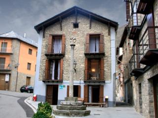 Casa Oficial, Esterri d'Aneu