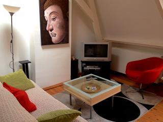 Charming Top-Floor Jordaan Apartment, Amsterdam