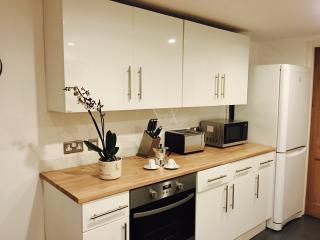 Clifton Hill Apartment, Brighton