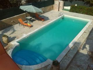 VILLA GIUSY in Syracuse with swimming pool, Siracusa