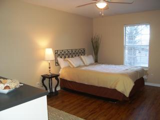 Weekly rental - Fully furnished & all utilties