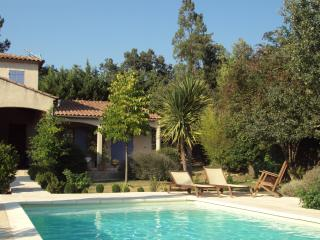 charming house in provence, Saint-Savournin