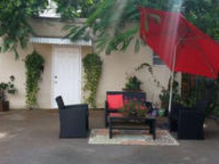 BEAUTIFUL COTTAGE- 5 MINS TO BRICKELL, Miami