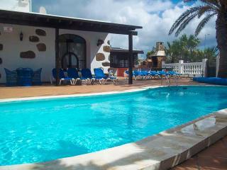 Villa Lidia, Mácher, Lanzarote, Ideal Para Grupos Grandes
