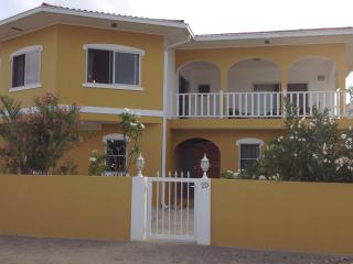 New luxury beach access house with private pool!, Sabadeco