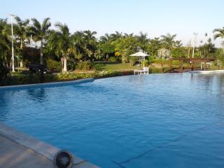Kreations Cozy Villa - Private Beach/Pool & Wifi