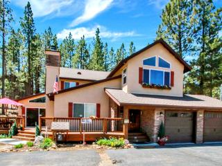 New, Luxurious & Family Friendly--Camp Run A Muk--A Tesla Destination Resort, Big Bear Lake