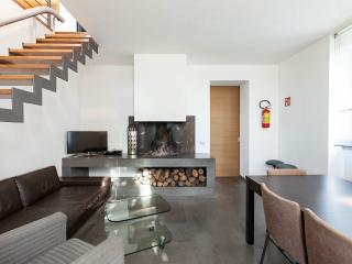 CASALFATTORIA 6985 - Luxury&Design, A/C Parking WiFi Fireplace SatTV Nespresso