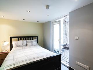 Modern central Islington flat, Londres