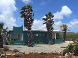 Bonaire16, a peaceful getaway, Kralendijk