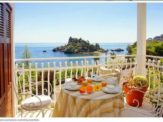 romantico appartamento con spettacolare vista sul, Mazzaro