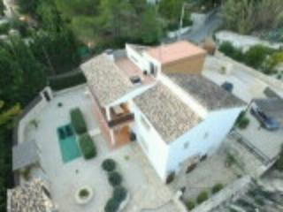 Spacious Modern Accommodation with private pool, Xativa