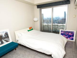 Two bedroom flat with balcony in central Tokyo!, Toshima