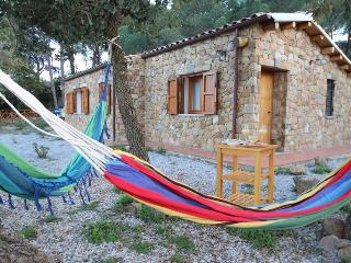 TERRE DI BEA ECO-LODGE CEFALU VACATION RENTAL 1BEDROOM 2 BATH KITCHEN VERANDA