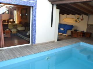 Chalet con piscina privada en Costa del Silencio, Tenerife