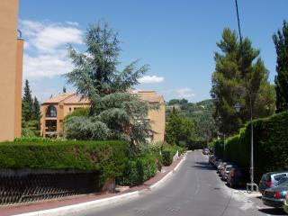 PARADISIER APARTMENT MOUGINS***