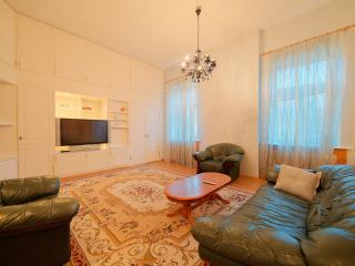 SPb Rentals Elite apartment in the very centre, St. Petersburg