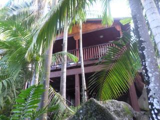 Hillside Retreat Baie Lazare Seychelles