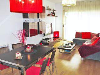 CARMELA BEACH-CITY-apartment, Lloret de Mar