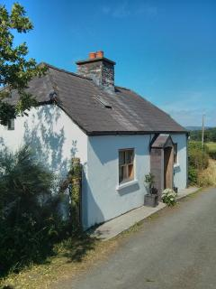 Blaencwm Lodge, on peaceful 'no through lane'  (with just one property a few hundred yards above you
