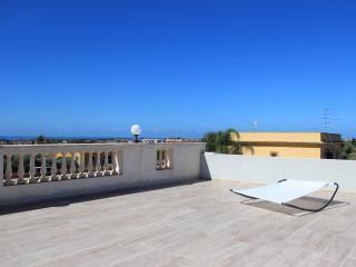 villa con terrazza panoramica vista mozzafiato, Villaggio Mose