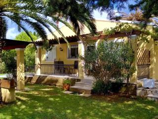 Villa 5 beds with pool on Corfu island