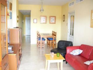Sunny Appartement, Wifi, W-Balkon, 300m zum Strand, Fuengirola