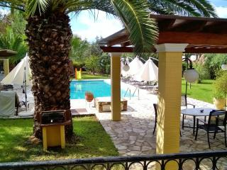 Villa 5 beds with pool on Corfu island