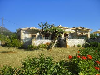 Villa Pefnos 1 - a tranquil paradise, Agios Nikolaos