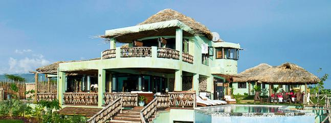 Seaweed Seven Bedroom Luxury Villa