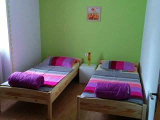 Apartment Luna, Osp, Crni Kal