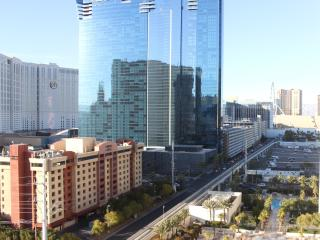 A1, MGM SIGNATURE, 1BR + KITCH + 2BATH + BALCONY., Las Vegas