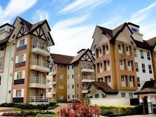 Mid-rise 2 BR Condo w/ Cable & Wifi, Baguio