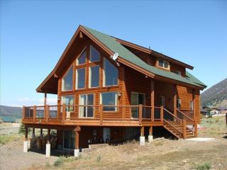 5 BEDROOM 3 BATH MINUTES FROM TOWN AND THE PARK., West Yellowstone