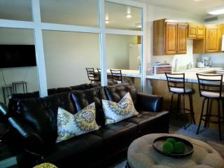 Remodeled 1bdr/1bth modern Wifi near Snow Canyon, Saint George