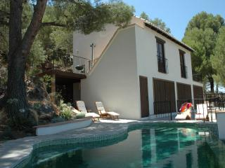 4 bedroom pool villa, Monda