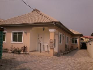 Beautiful bungalow - 1 bedroom, Lagos