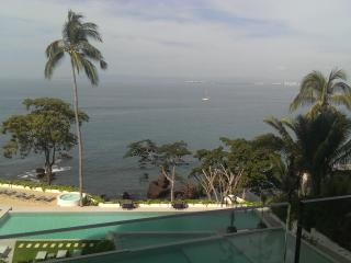 New luxury OCEANFRONT, west view condo in Amapas, Puerto Vallarta