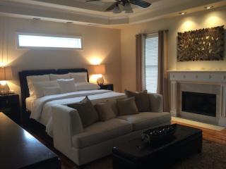 Large Luxury In The Suburbs Of Atlanta Sleeps 20, Powder Springs