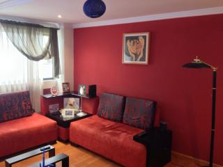 Nice 2 Bedroom Apartment For Rent By Don Bosco Av. Local Área., Cuenca