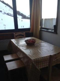 Apartment up the slopes in the Alps, great view!