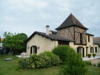 Chambre d'hôte ' SUITE FAMILIALE', Montpon-Menesterol