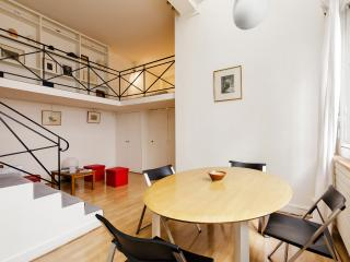 Large studio in the heart of Paris, París