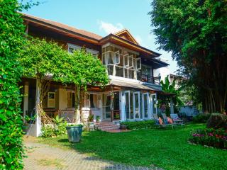 Banyan House samui bed and breakfast, Choeng Mon