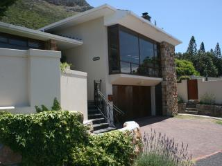 Seaside Self-Catering Holiday House in Muizenberg